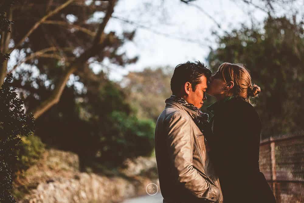 photos de couple, photographe de mariage aux Buttes chaumont
