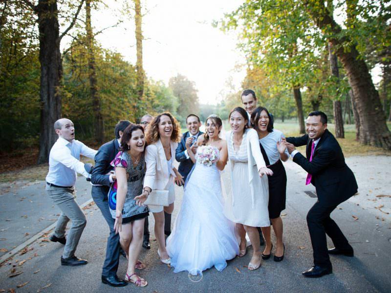 séance photo mariage shooting couples mariés amis famille