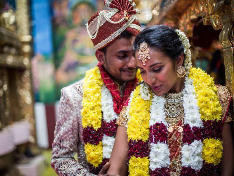 Mariage au temple hindou avec Sathya et Simbu