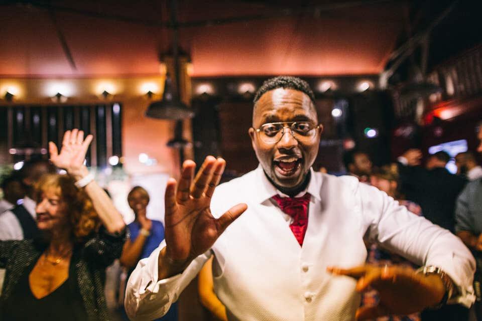 photo de mariage d'Afrique VINCENNES théâtre de la Tempête