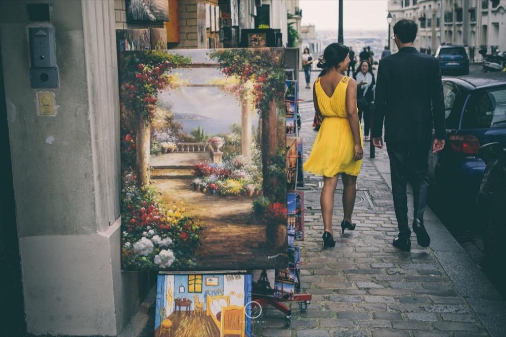 Love session à Montmartre Séance couple romantique sur les quais de Seine à Paris