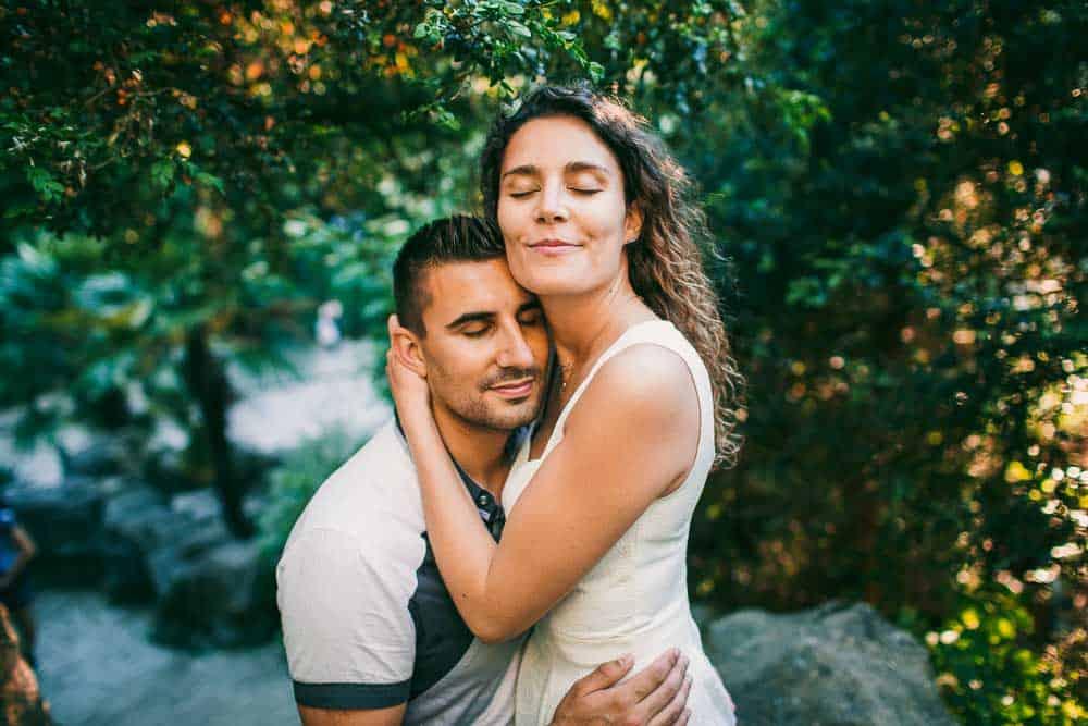 photos buttes chaumont couple à Paris