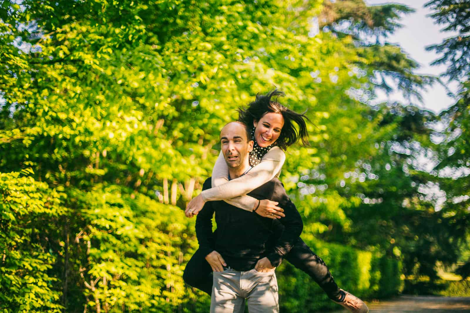 love session couple photo golden hour