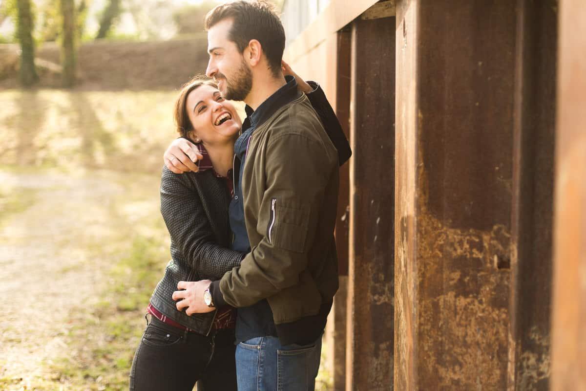 photo de couple hiver avant mariage à Paris