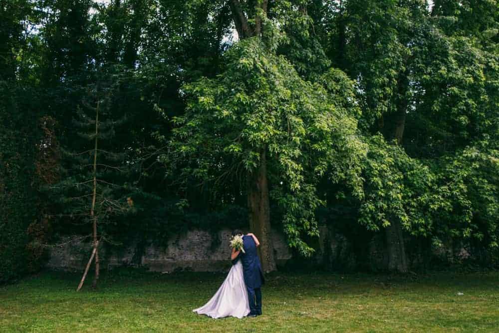Photos fisrt look mariage au château du Monceau à Liverdy-en-Brie