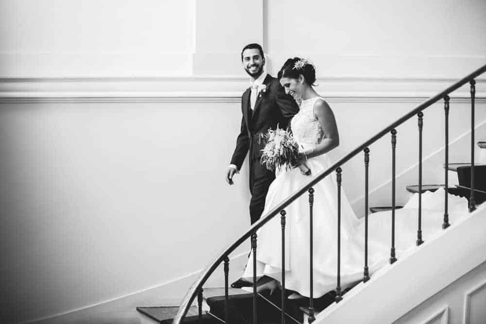 Photos mariage noir et blanc civil à la mairie de Coulommiers